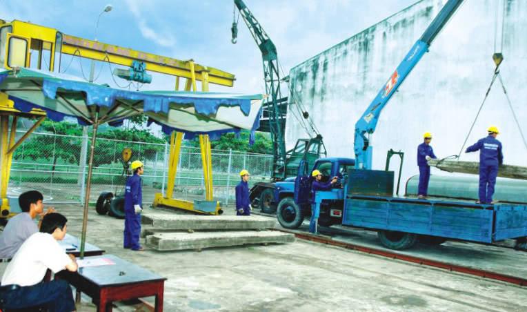 Đào tạo Thợ vận hành máy móc thiết bị nặng