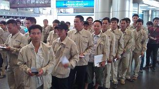 Hình ảnh lao động NIBELC xuất cảnh tại sân bay